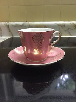 Royal Grafton fine bone china tea cups pink with gold design and trim