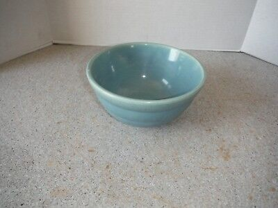 Vintage Bauer Bee Hive Pottery Mixing Bowl - # 24 - 7 1/2 inches across - USA