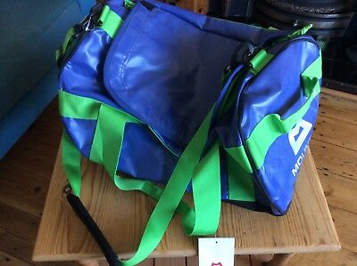 Mountain equipment 40L Duffle Kit Bag Blue/Green