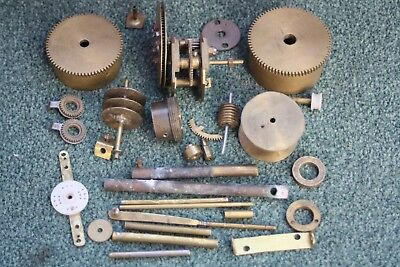 Metal clock parts, Brass cogs, mechanical parts and flat pieces. STEAMPUNK
