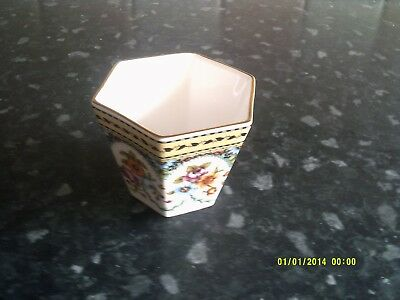 Small Spode 6 sided pot