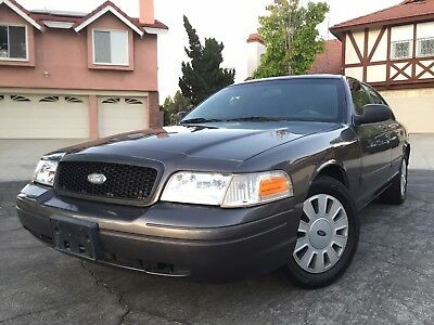 2009 Ford Crown Victoria Police Interceptor Unmarked P71 In Great Running Condition and Shape LOW MILES