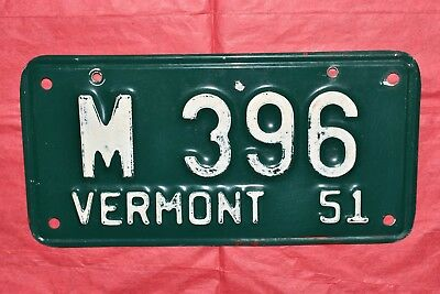 Fine Original & Authentic 1951 51 VERMONT, VT Motorcycle License Plate, Tag M396