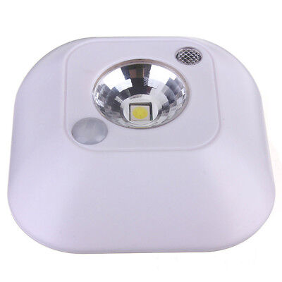 Infrared PIR Motion Sensor LED Ceiling Night Light Battery Powered Porch La Y2A3