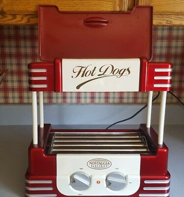 Nostalgia- Hot Dog Cooking Rotisserie and Bun Warmer. NEVER USED!