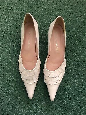 Women's Roland Cartier, Size 5, Leather Kitten Heel Shoes in Pale Pink