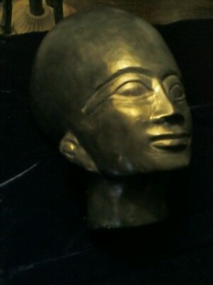 Antique Grand Tour era Egyptian stone head in green schist, Amarna priest.