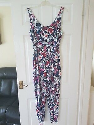 Beautiful Floral Jumpsuit By New Look Size 14