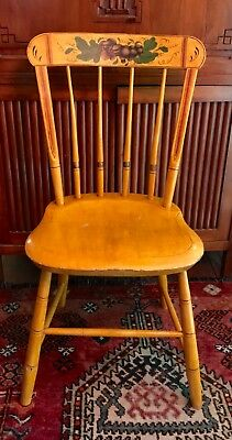 """Antique American Painted Spindle Back Fancy Windsor Chair c 1830-1850 34.25"""" H"""