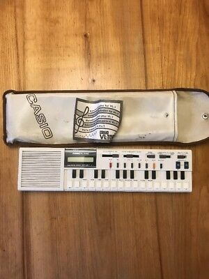 Casio VL-Tone VL-1 Electronic Musical Instrument With Case & Melody Handbook