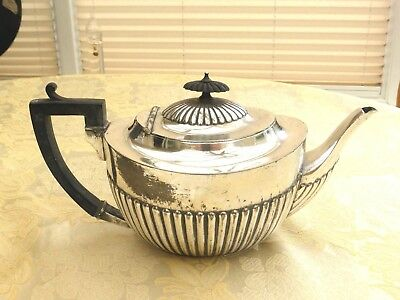 Edwardian Half Fluted Queen Anne Style Silver Plated Tea Pot    1370996/001