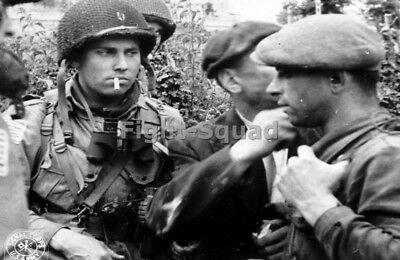 WW2 Picture Photo Normandy 1944 French resistance w American Airborne 2880