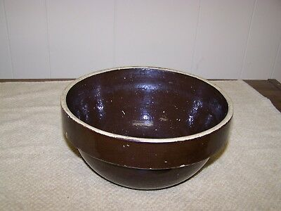 """Vintage 8"""" Brown Stoneware Shouldered Mixing Bowl- Unsigned"""