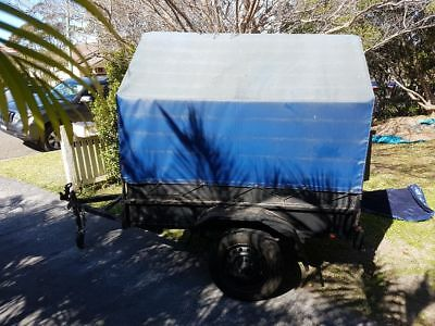 Box trailer 6x4 with cover