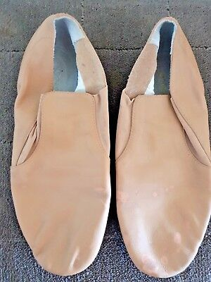 Jazz Shoes Bloch tan Size 9 (approx 24cm) free post