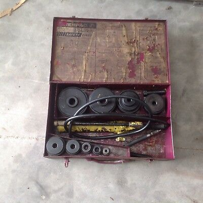 Enerpac Knock Out Set. Has Hydraulic Pump But No Ram.