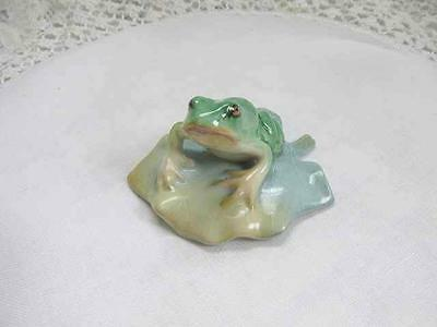Herend green frog on lily pad hand painted decorative collectible from Hungary