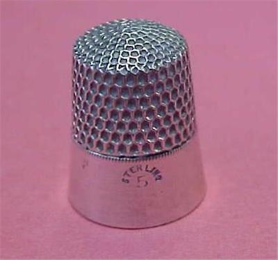 Thimble-Vintage-Sterling Simmons in size 5   #15799C