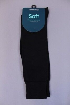 Tommy John Ultimate Stay Up Over The Calf Dress Socks Black MM1 One Size (8-13)