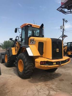 2013 JCB 437 Wheel Loader! 995.8 hrs Inclosed Cab w/ AC