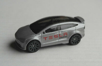 Hot Wheels Tesla Model X grau SUV Elektroauto Mattel Auto Car HW Allrad