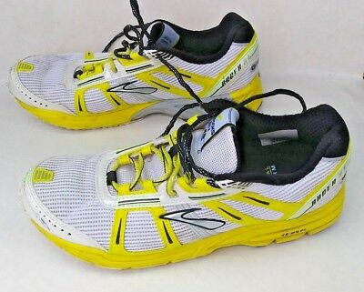e2c076d0dad Brooks Racer ST 4 Women s size 7.5 Running shoes Yellow White light weight   S146