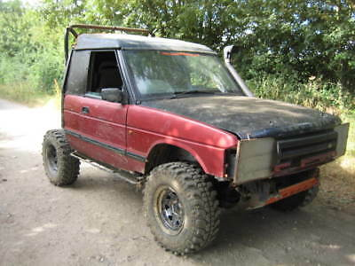 Land Rover Discovery 200TDI 5 speed manual off roader all up and running.