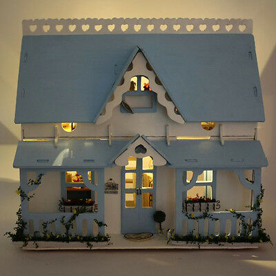 Handmade Wooden Dollhouse Miniatures DIY House Toy Set with LED Light Kids  FN
