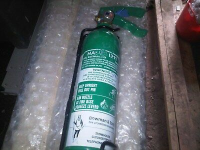 halon fire extinguisher 1.5 kg empty green