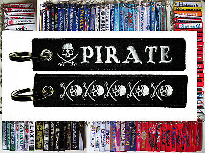 Keyring PIRATE skull keychain costume accessory for boat ship crew or captain