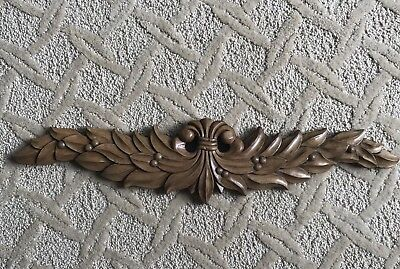 Decorative Carved Wood Applique Moulding Embellishment Wall Plaque Medallion