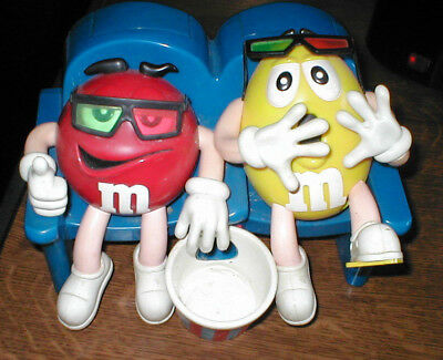 "M & M's ""Smarties"" Spender Dispenser Motiv Red & Yellow im Kino 3 D/im Sessel+++"