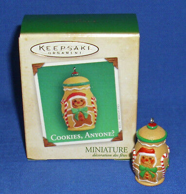 Hallmark Miniature Club Ornament Cookies Anyone 2004 Gingerbread Cookie Jar NIB