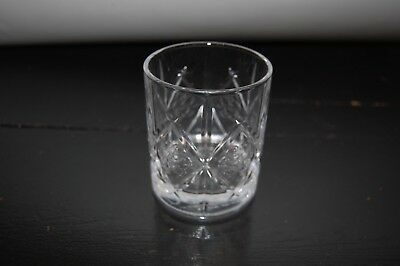 DEWAR'S SCOTCH GLASS WITH EMBOSSED CELTIC KNOT A solid Scotch glass