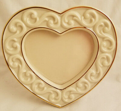 """Lenox """"Carved Scroll"""" Photo Picture Frame Holder. Love Heart Wedding.NEW."""