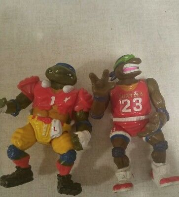 Vintage teenage mutant ninja turtles figures