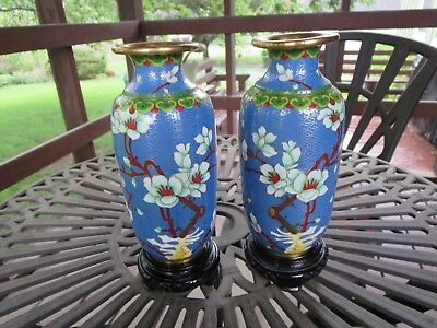 VINTAGE CHINESE CLOISONNE BRASS GOLD BLUE FLOWER VASE PAIR with Stands