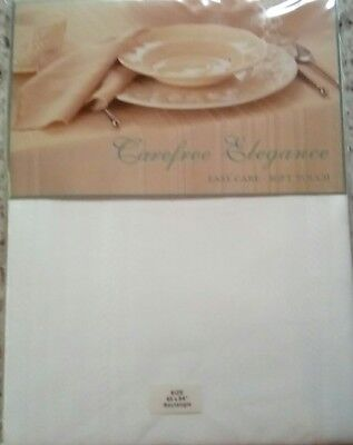 Bardwil Linens Carefree Elegance White Table Cloth 60 X 84 Easy Care Soft Touch