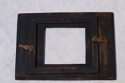 Black Painted Oblong Wooden Lens Mounting Board For Cameras