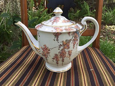Fine Vintage Porcelain Chinese Japanese Teapot 22kt Gold hand Painted Flowers