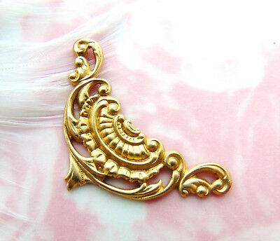 BRASS (4 Pieces) Small Scroll CORNER Stampings ~ Ornament Finding (C-1105)