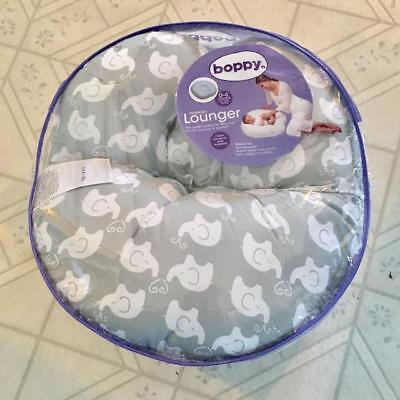 Boppy Newborn Lounger, Elephant Love Grey ( New - Free Shipping )