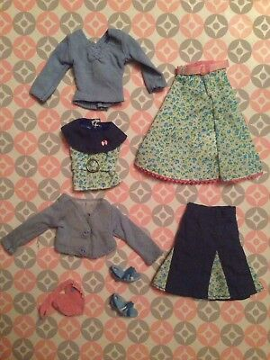 """Blythe Stock """"I Love You It's True"""" Partial  Outfit"""