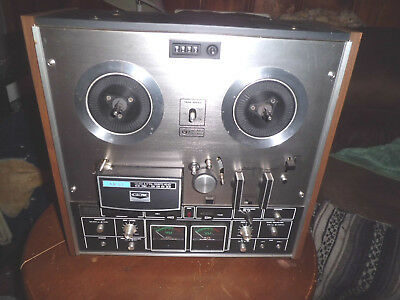 Akai GX-225D   Reel To Reel Tape Player/Recorder In Working Condition