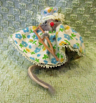 Vtg Real Fur Mouse by The Little Mouse Factory in Floral Flannel Nighty, Crutch