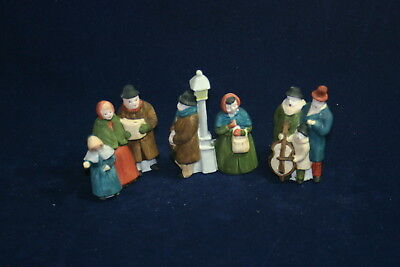 The Heritage Collection Department 56 DICKENS' CAROLERS 3 piece sert with box