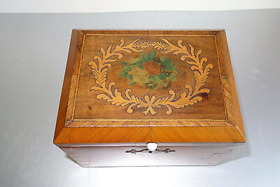 Biedermeier Schatulle Box Holz Furnier casket wood veneered ca.1830 Intarsien