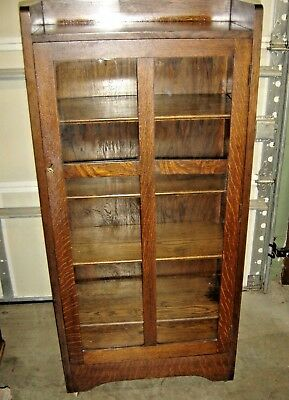 Antique Qtr-Sawn Oak One-Door Arts & Crafts Bookcase ~ China Cabinet.  445
