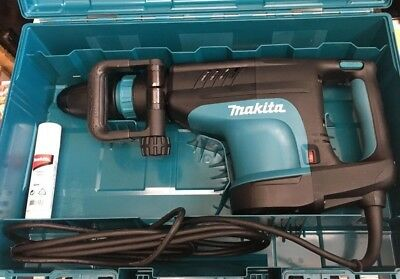 Makita 14 Amp SDS-MAX Corded Variable Speed 20 lb. Demolition Hammer HM1203C