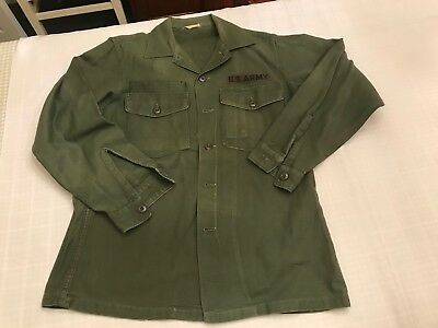 United States Sateen US Army Shirt Size 15 1/2 33 #8405-701-8947 Measured